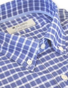 Cuello de camisa para hombre de cuadros azules